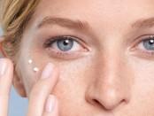 kit-limpieza-hidratante-antiedad-vitamina-c-contorno-ojos-D_NQ_NP_666741-MLA41533044852_042020-F